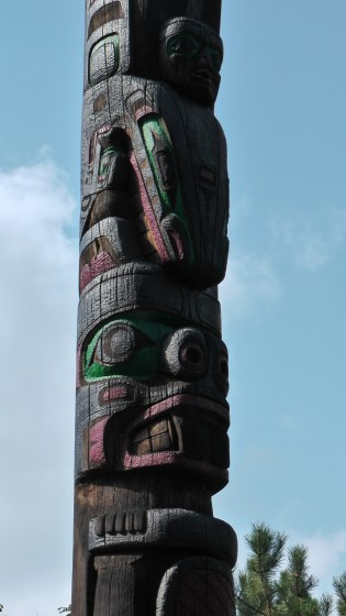 Kwakiutl Totem by Tony and Henry Hunt