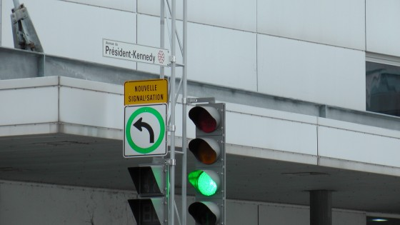 Close up of the new signage at President Kennedy and Jeanne Mance.