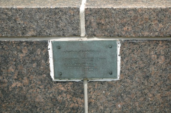 Plaque for Allgrocube by Charles Daudelin